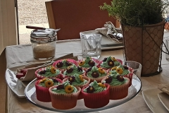 20160527_155750cropped cupcakes